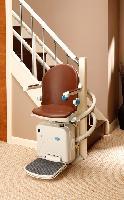 So werden Treppenlifte zu einem ganz normalen Einrichtungsgegenstand