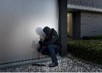 Elektrische Garagentore erschweren Einbrüche