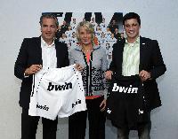bwin ab 2012 offizieller Teampartner des THW Kiel