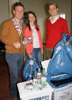 Studentische Initiative an der Handelshochschule Leipzig (HHL) sammelt 3000 Flaschen und spendet Pfand für Schulprojekt in Äthiopien