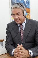 Deutschland macht den Hörtest - Ab 2. Mai 2012 gehen die Hörmobile der Fördergemeinschaft Gutes Hören wieder auf die große Hörtour.