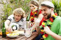 Mit ein paar einfachen Trinktipps fit und gesund durch die Fußball-EM