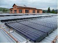 Heizen und Kühlen mit Solarthermie: Pionierprojekt in Marburg gestartet
