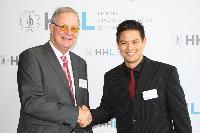 Heribert Meffert-Preis für Masterarbeit über Vertrauen an Bremer Nachwuchswissenschaftler verliehen