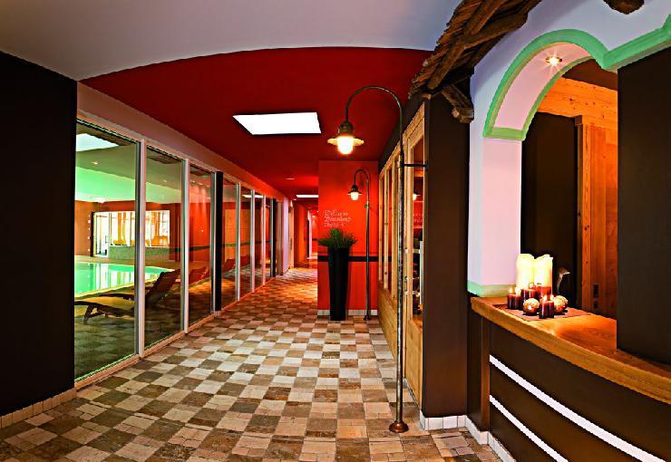 Familienhotel am Kronplatz in den Dolomiten