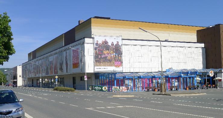 Baur-Gruppe schließt Kaufhaus Kaufwelt Baur in Altenkunstadt  Endverhandlungen mit potenziellen Mietern gescheitert