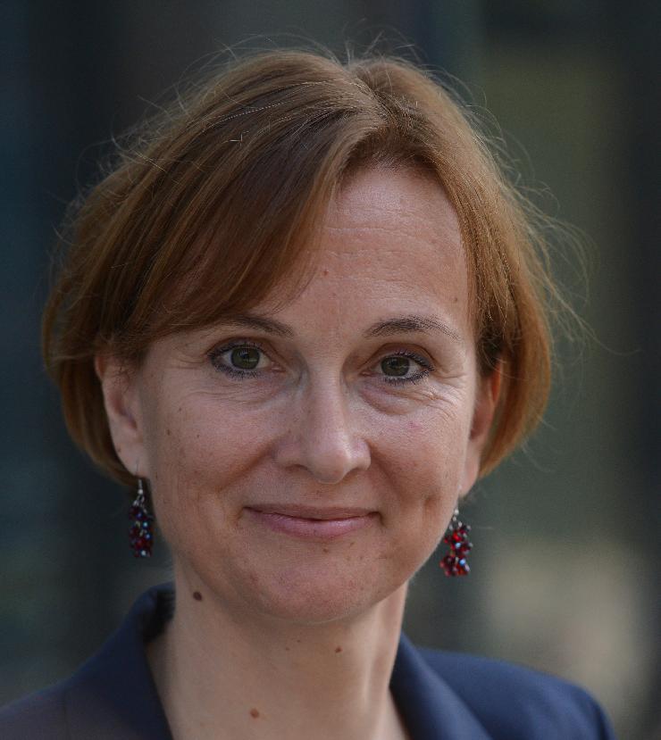 Christine Longin wird Frankreich-Korrespondentin für dapd