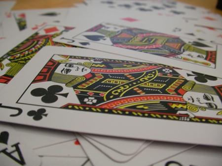 Beim Spielen im Online Casino wird der soziale Umgang gestärkt