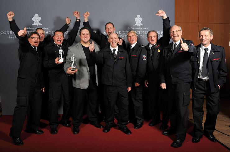 Conrad Dietrich Magirus Preis 2012 Die Feuerwehr Detmold ist Deutschlands Feuerwehrteam des Jahres 2012