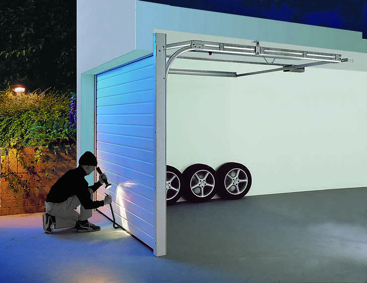 pressenachricht garageneinbr che deutschlandweit ohne. Black Bedroom Furniture Sets. Home Design Ideas