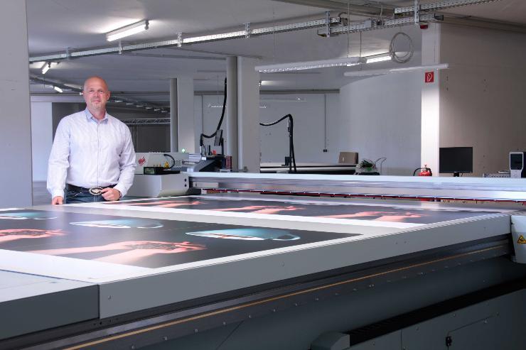 Primus-Print.de erweitert Technik im Großformatbereich