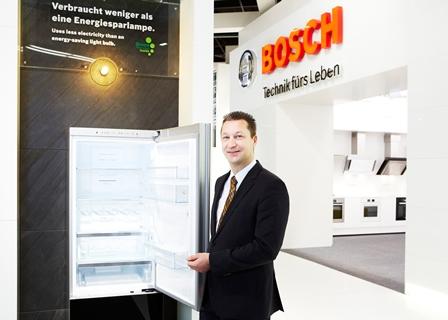 Außen Design, innen Substanz:  Robert Bosch Hausgeräte lädt auf der LivingKitchen zu spannenden Innenansichten ein