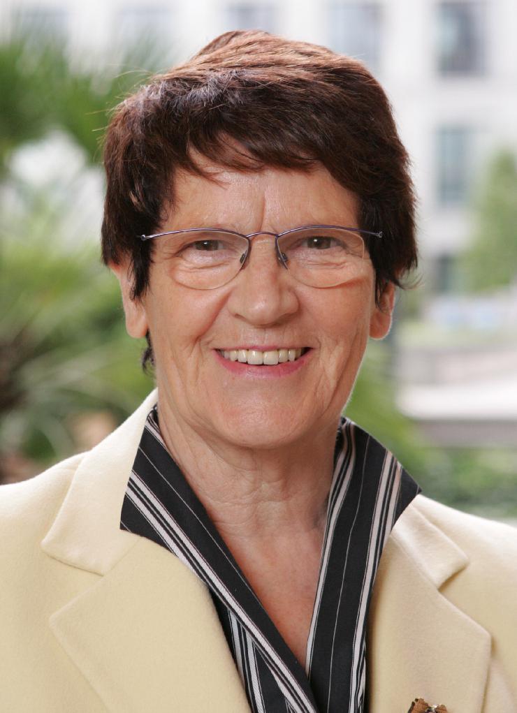 Dr. Rita Süssmuth ist diesjähriger Ehrengast der Brokersclub AG zur Deutschen Anlegermesse 2013