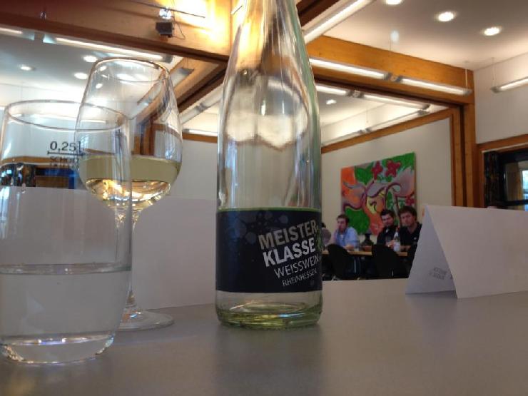 Dank Facebook 350 Weintester in 4 Tagen - Wie man eine völlig unbekannte Wein-Marke erfolgreich im Markt einführt