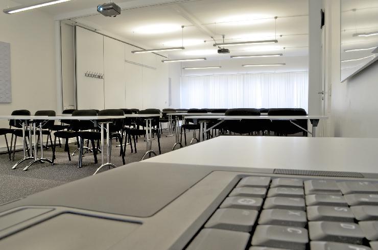 Großer Seminarraum in Hamburg für Seminare, Tagungen, Konferenzen