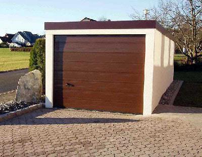 Holz im Garagentor für Poundbury: Mit Exklusiv-Garagen und Hörmann geht alles