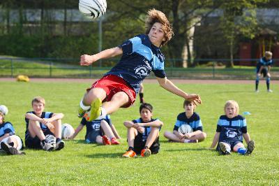 Kick it! Fußballcamp in der Jugendherberge Sigmaringen.