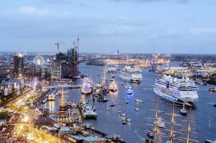 Kreuzfahrtreederei AIDA Cruises ist Hauptsponsor des 824. HAFENGEBURTSTAG HAMBURG