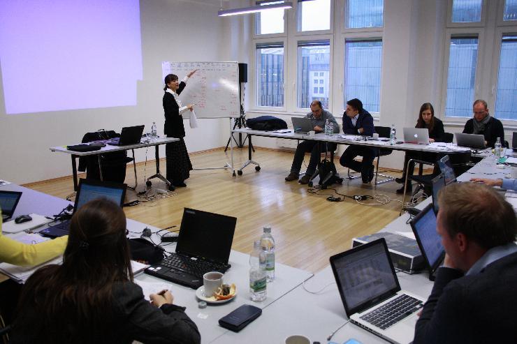 Online das Global-Executive-MBA-Programm von HHL und EADA kennenlernen