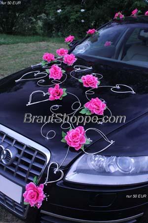 Dekorationen für das Hochzeitsauto von BrautShoppe.com