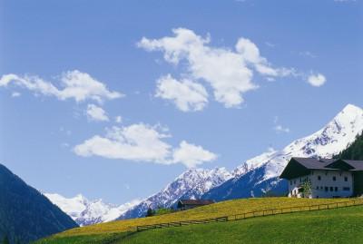 Wanderurlaub wie sichs gehört: Inklusive Besuch der eigenen Hütte auf 2.369 m