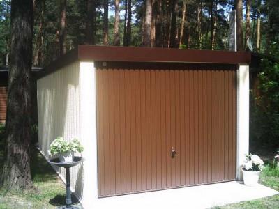 Garagengold in der Garage von Garagenrampe.de und echtes Gold im Garten