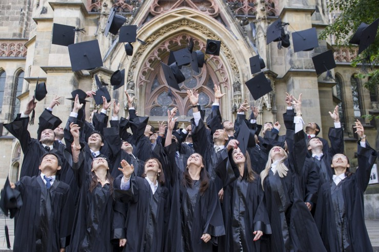 Graduation Ceremony at the First Business School Established in Germany.