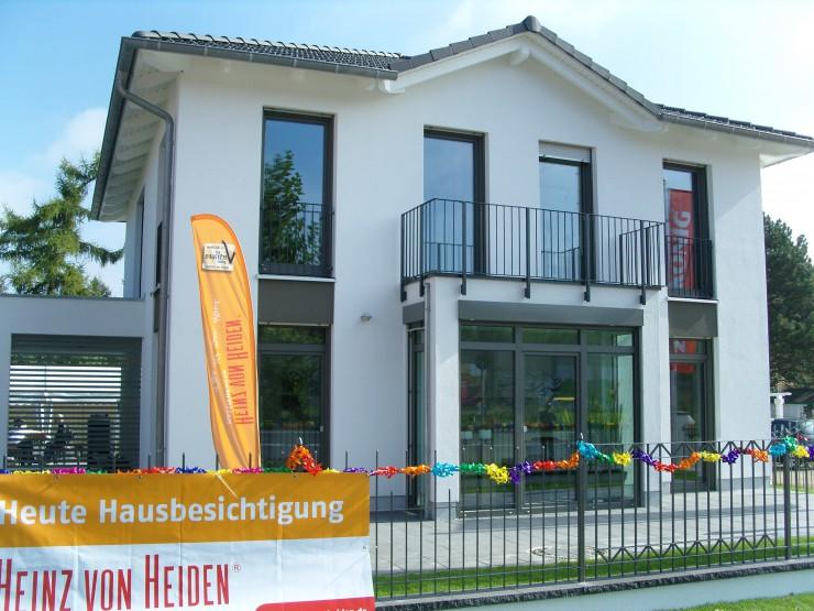 Eröffnung des Heinz von Heiden Musterhauses Köpenick
