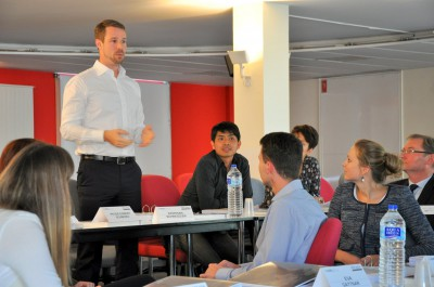 Neuer Jahrgang des Global Executive MBA Programms der HHL und der EADA mit persönlichem Coaching für Manager gestartet