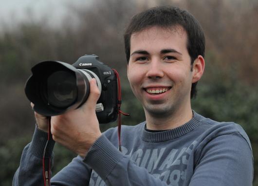 Fotojournalist Andreas Heine mit neuer Fotodatenbank