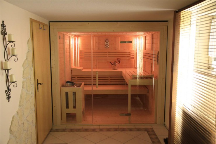 pressenachricht saunabau saison geht los. Black Bedroom Furniture Sets. Home Design Ideas