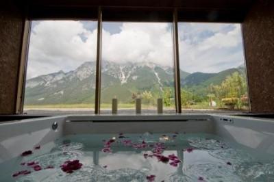 Natürlicher Genuss zu zweit - Romantikurlaub in zertifizierten BIO-Hotels