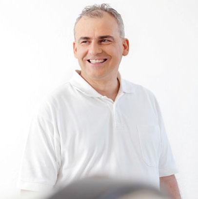 Implantologie in Köln - Herr Dr. Liermann ist Ihr Experte für Zahnimplantate in Köln. Neue Implantologie-Webseite ist online.