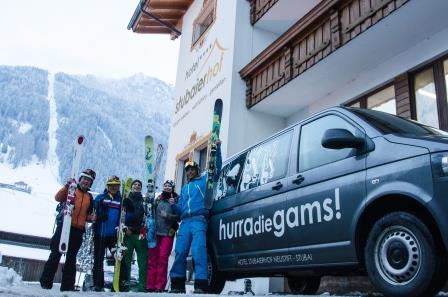 Herbstskilauf in Tirol: Schneegarantie am Stubaier Gletscher, Wohlfühlgarantie im Stubaierhof