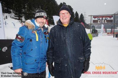 Tirol Cross Mountain 2013: Reinhard Baumhögger spendet an die Welthungerhilfe