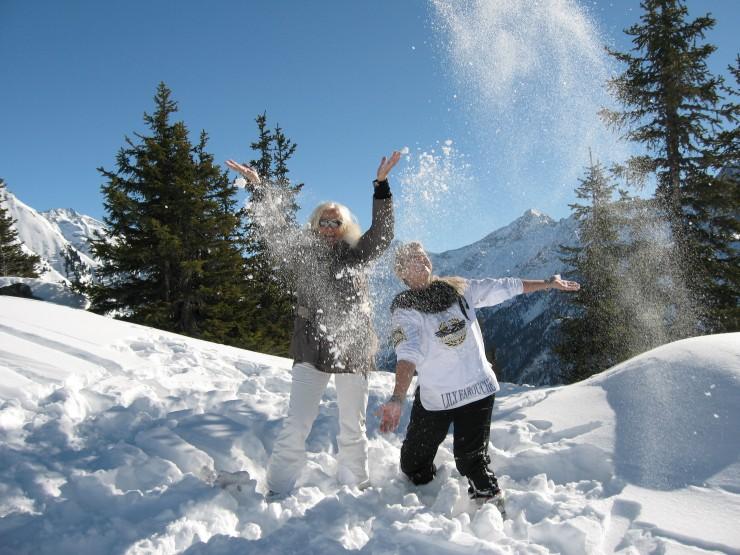 Sonniges Schneevergnügen im Skiurlaub im Zillertal - Ski-Frühling  im Haidachhof****