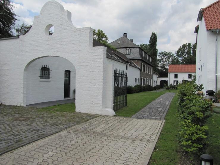 Die Auenhöfe in Köln-Worringen am Rhein