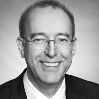 Nach erfolgreichem Personalmanagement bei Fressnapf: Zirbes neuer Partner der QRC Group