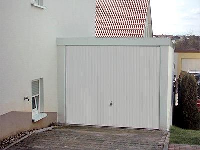 pressenachricht frei und verantwortungsbewu t exklusiv garagen bauen. Black Bedroom Furniture Sets. Home Design Ideas